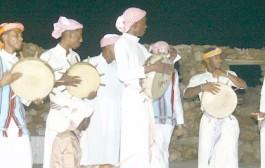 الأهازيج الشعبية في جزيرة فرسان رددها الحرفيون في أعمالهم والتجار في ترويج سلعهم